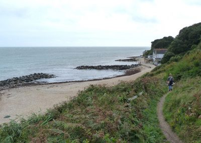 Coastal path to Bonchurch Beach from Devil's Gap, isle of wight self catering accommodation