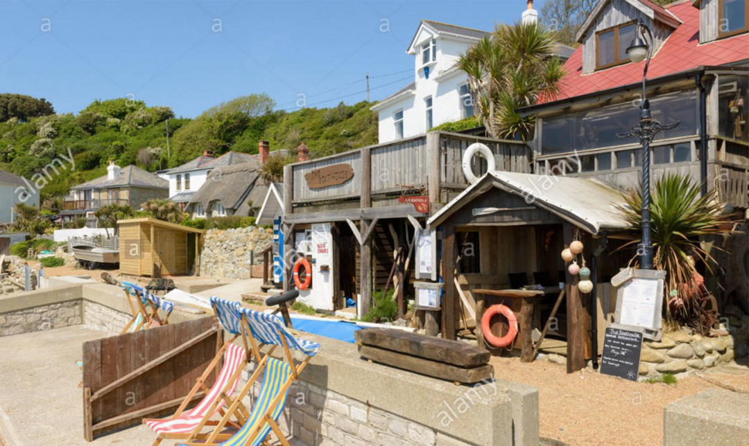 One of Britain's best kept secrets. Small, charming and timeless. Go for rock pools, cafes, restaurant, ice-creams and fab souvenirs. From May to September dogs are welcome before 8.30am and after 5.30pm on the actual beach - during the day they are welcome on leads around the tiny promenade.
