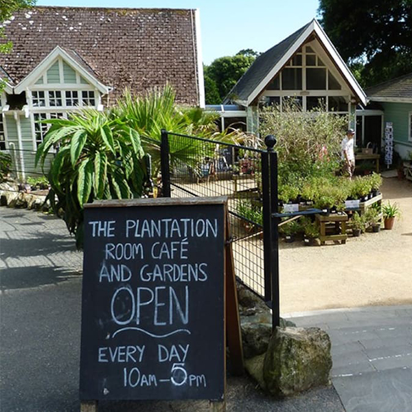 Ventnor Restaurants, Plantation Room Cafe, Petit Tor self-catering cottage